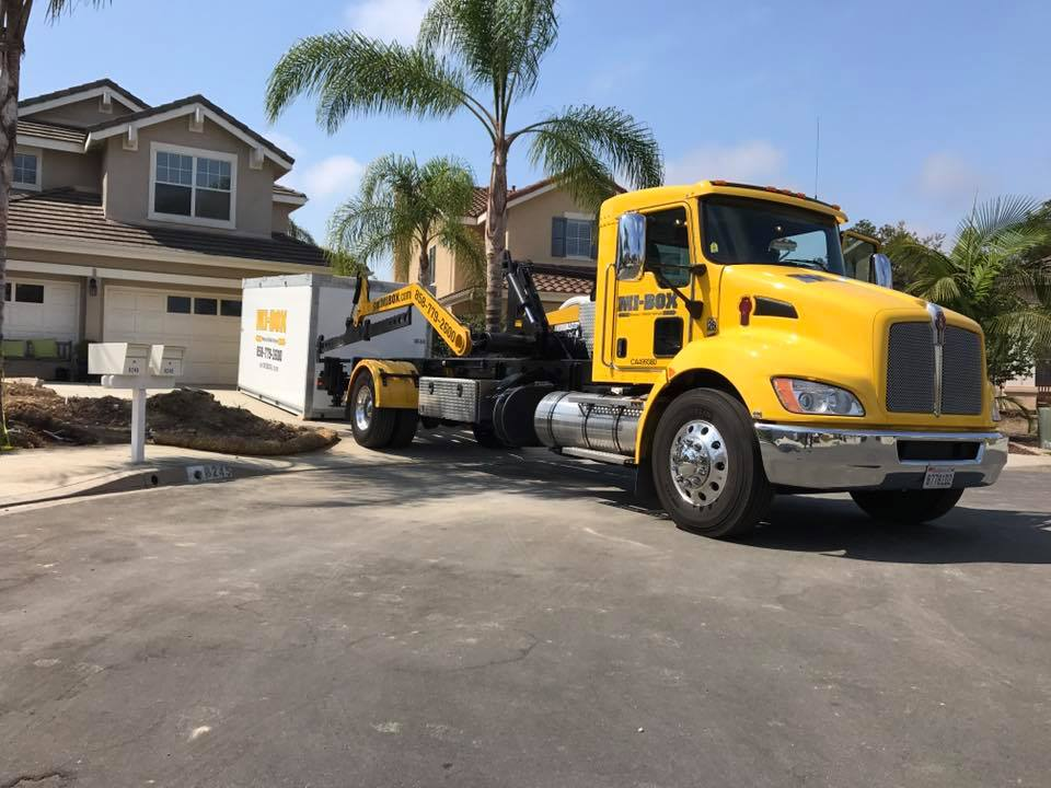 MI-BOX vs PODS® in Poway, CA